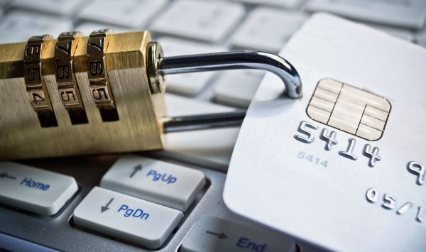 Как платить кредит, если отозвали лицензию у банка?