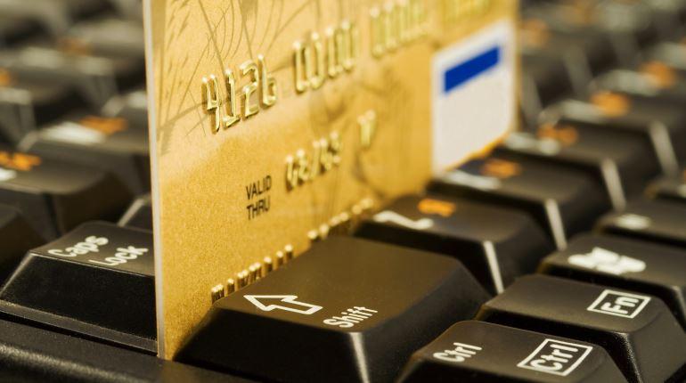 Оформление онлайн заявки на кредитную карту Райффайзенбанка