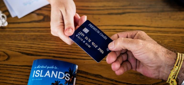 Снятие денег с заблокированной карты - пошаговая инструкция