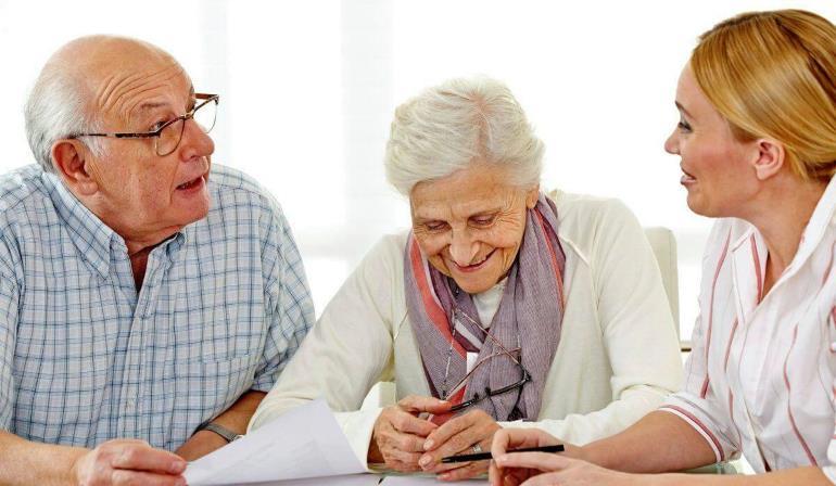 Как выбрать выгодную программу кредитования, подходящую пенсионеру?